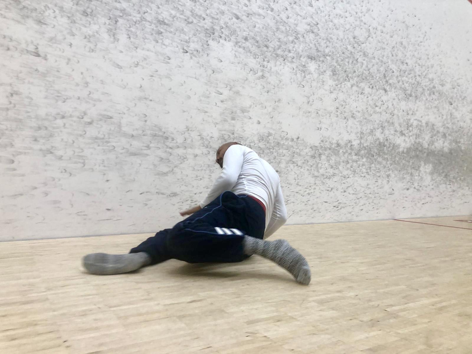 Henkilö tanssii